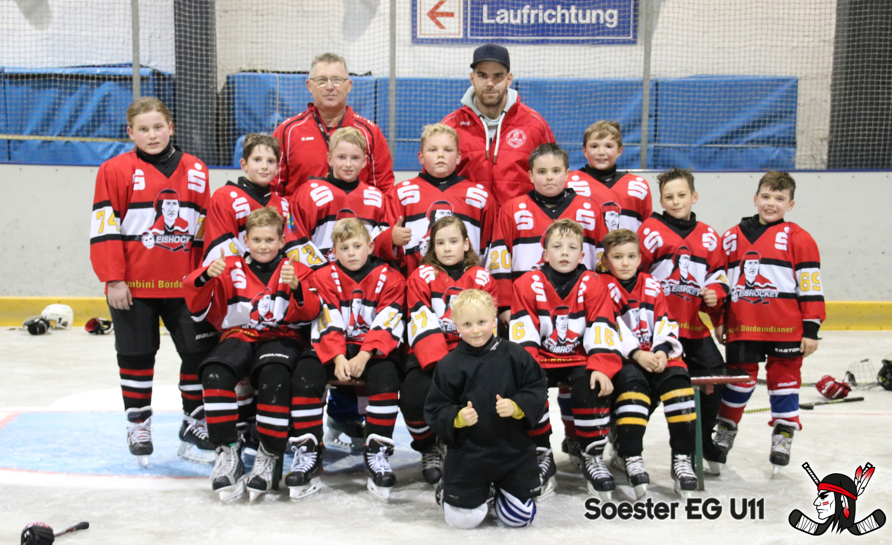 seg_u11_teamfoto_1800_marked.jpg