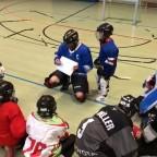 Trainingsgruppe in einer Warsteiner Sporthalle
